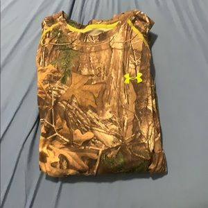Under Armor camouflage long sleeve T-Shirt